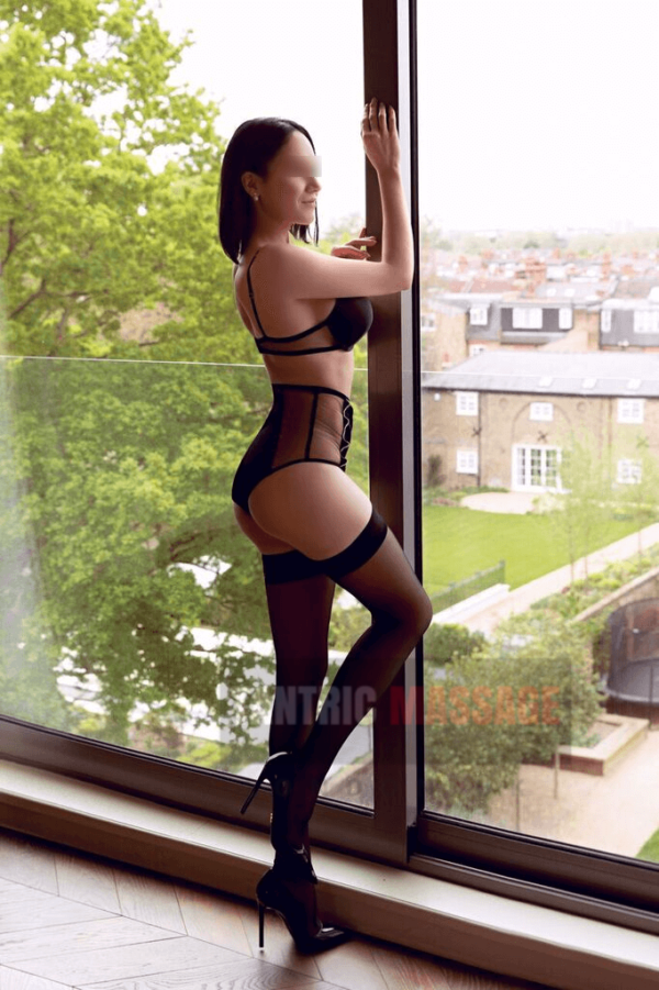 Azalea tantric massage london